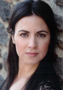 Sara-Van-Beckum-headshot